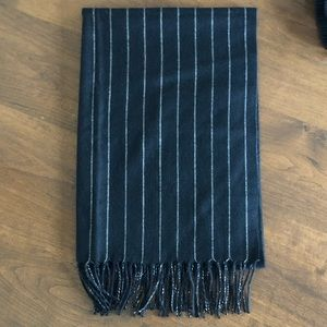 🏅NWOT🏅Brooks Brothers 100% Cashmere Scarf